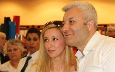 Bodrum'da Tuncay Özkan'a yoğun ilgi!